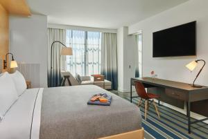 Canopy By Hilton Washington DC Bethesda North, Отели  North Bethesda - big - 7