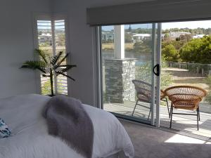 Cove Place Retreat - Luxury Accommodation Phillip Island, Dovolenkové domy  Cowes - big - 18
