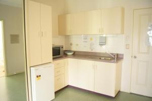 Accommodation on Denham, Motel  Townsville - big - 10