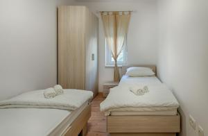 Cezar Luxury Apartment, Apartmány  Omiš - big - 12
