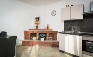Cezar Luxury Apartment, Apartmány  Omiš - big - 20