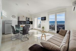 Cezar Luxury Apartment, Apartments  Omiš - big - 21