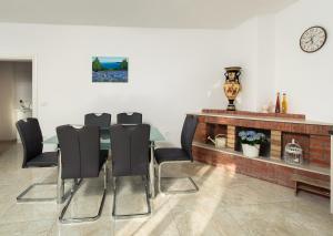 Cezar Luxury Apartment, Apartmány  Omiš - big - 36