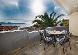 Cezar Luxury Apartment, Apartmány  Omiš - big - 1