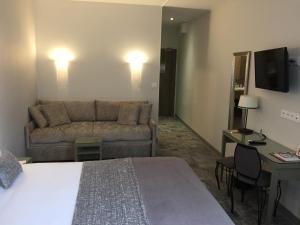 Hotel Du Pont Vieux, Hotely  Carcassonne - big - 22