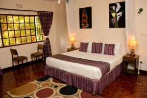Magnolia Pine Bed & Breakfast, Bed and breakfasts  Nairobi - big - 8