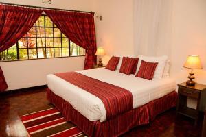 Magnolia Pine Bed & Breakfast, Bed and breakfasts  Nairobi - big - 6