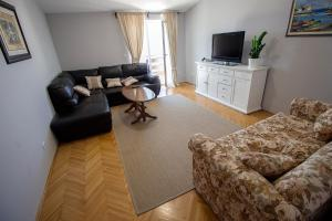 Apartments Slavica, Ferienwohnungen  Omiš - big - 8