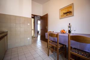 Apartments Slavica, Ferienwohnungen  Omiš - big - 15