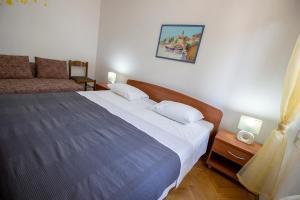 Apartments Slavica, Ferienwohnungen  Omiš - big - 27