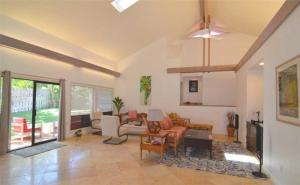 Spacious One-Story Home Poipu Kai *Lanai Villas 38*, Дома для отпуска  Колоа - big - 25