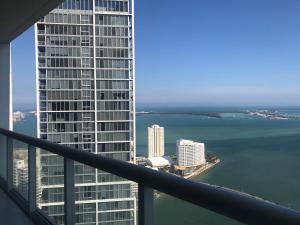 Luxury Condo Top 49th Floor Miami, Apartmanok  Miami - big - 9
