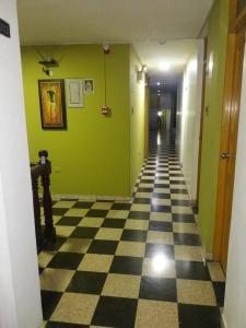 Hostal San Isidro, Penziony  Trujillo - big - 21