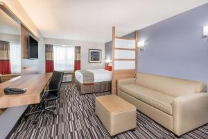 Microtel Inn & Suites by Wyndham Sudbury, Hotely  Sudbury - big - 30