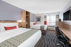 Microtel Inn & Suites by Wyndham Sudbury, Hotely  Sudbury - big - 43