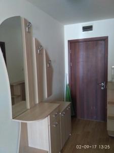 Vadim Apartments in Panorama Beach Vigo Nessebar, Апартаменты  Несебр - big - 101