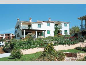 Borgo Le Logge - AbcAlberghi.com