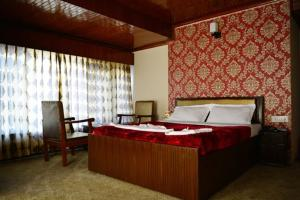 Hotel Tramboo Continental Dal Lake, Hotely  Srinagar - big - 2