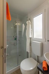 Diana & Josip Mobile Homes, Комплексы для отдыха с коттеджами/бунгало  Биоград-на-Мору - big - 21