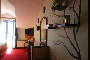 Hotel Bavaria - First Library Hotel, Hotels  Trogir - big - 34