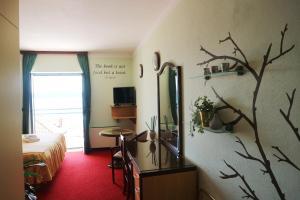 Hotel Bavaria - First Library Hotel, Hotels  Trogir - big - 54