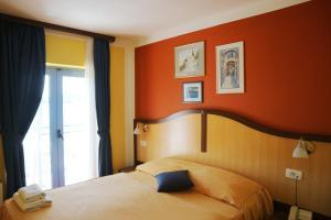 Hotel Bavaria - First Library Hotel, Hotels  Trogir - big - 57