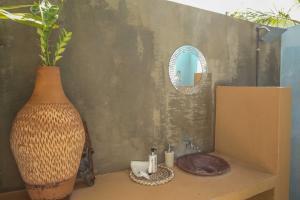 Mozambeat Motel, Hostels  Praia do Tofo - big - 71