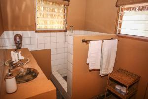 Mozambeat Motel, Hostels  Praia do Tofo - big - 85