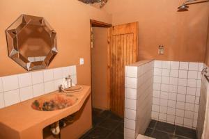 Mozambeat Motel, Hostels  Praia do Tofo - big - 93