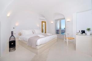 Iriana Apartments (Fira)