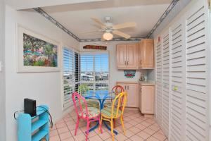 Three-Bedroom Apartment with Sea View - 419