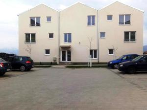 Ambiance Apartment - Swiss Village, Apartmány  Sibiu - big - 18