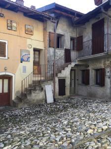 Domus Arcumeggia - AbcAlberghi.com