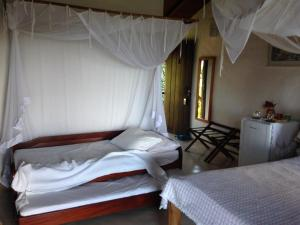 Standard Double or Twin Room with Corner Sea View