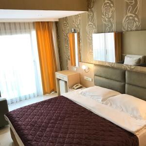 Marin-A Hotel, Отели  Тургутреис - big - 12