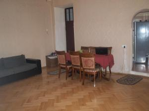 Apartment 45, Апартаменты  Тбилиси - big - 9