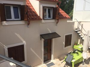 Guesthouse Kresic, Penzióny  Split - big - 74