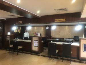 Hotel Shaans, Szállodák  Tiruccsirápalli - big - 51