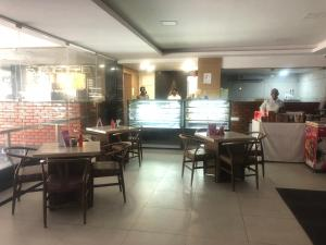 Hotel Shaans, Hotely  Tiruchchirāppalli - big - 54