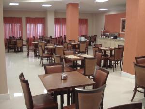 Hotel Klein Ville Premium, Отели  Esteio - big - 19