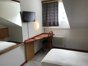 Albergo Nazionale, Bed & Breakfast  Biasca - big - 22