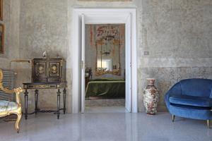 RIVIERA DI CHIAIA – LUXURY ATTIC WITH SEA VIEW - AbcAlberghi.com