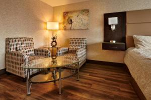 The Lonsdale Quay Hotel, Hotel  North Vancouver - big - 3