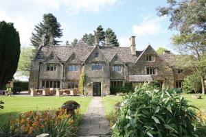 Charingworth Manor (1 of 27)