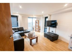 Bright, Spacious 2BR Flat for 4 in Grange - Finsbury