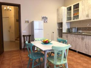 Super Apartment on Maghalashvili, Ferienwohnungen  Tbilisi City - big - 14