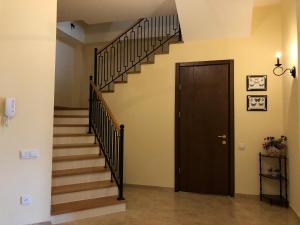 Super Apartment on Maghalashvili, Ferienwohnungen  Tbilisi City - big - 21