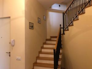 Super Apartment on Maghalashvili, Ferienwohnungen  Tbilisi City - big - 24