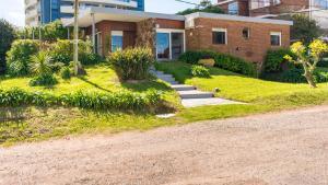 Zorba Beach House, Bed & Breakfasts  Punta del Este - big - 2