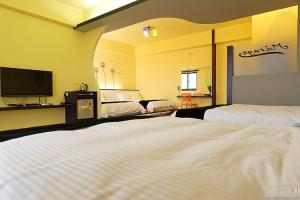 Mirage, Bed and Breakfasts  Magong - big - 10